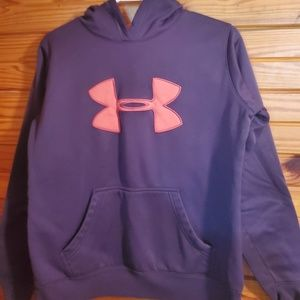 women small Under armour hoodie
